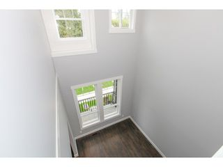 Photo 3: 5986 131ST Street in Surrey: Panorama Ridge House for sale : MLS®# F1432012