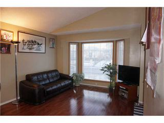 Photo 3: 7167 LAGUNA Way NE in Calgary: Monterey Park Residential Detached Single Family for sale : MLS®# C3652715