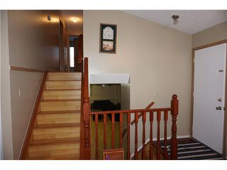 Photo 8: 7167 LAGUNA Way NE in Calgary: Monterey Park Residential Detached Single Family for sale : MLS®# C3652715