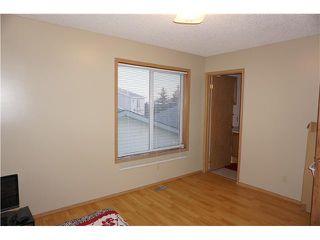 Photo 10: 7167 LAGUNA Way NE in Calgary: Monterey Park Residential Detached Single Family for sale : MLS®# C3652715