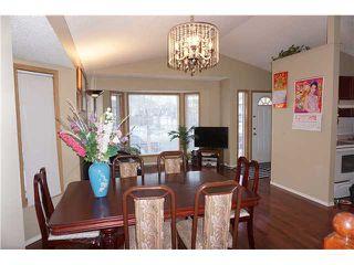 Photo 5: 7167 LAGUNA Way NE in Calgary: Monterey Park Residential Detached Single Family for sale : MLS®# C3652715