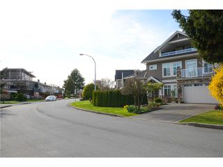 """Photo 5: 6060 GOLDSMITH Drive in Richmond: Woodwards House for sale in """"WOODWARDS"""" : MLS®# V1112876"""