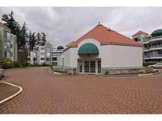 """Photo 18: 405 1745 MARTIN Drive in Surrey: Sunnyside Park Surrey Condo for sale in """"SOUTHWYND"""" (South Surrey White Rock)  : MLS®# F1436564"""