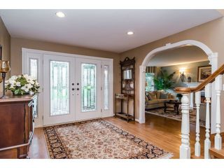 "Photo 4: 18102 CLAYTONWOOD Crescent in Surrey: Cloverdale BC House for sale in ""CLAYTON WEST"" (Cloverdale)  : MLS®# F1438839"