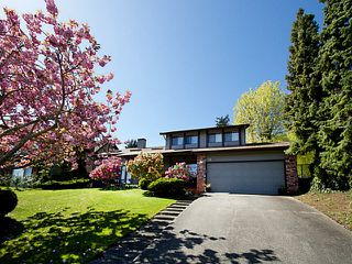 "Photo 2: 5694 GREENLAND Drive in Tsawwassen: Tsawwassen East House for sale in ""The Terrace"" : MLS®# V1119939"