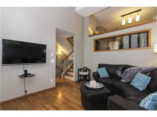 Photo 6: 124 INGLEWOOD Cove SE in Calgary: Inglewood House for sale : MLS®# C4038864