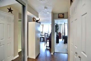 Photo 9: 2201 4460 Tucana Court in Mississauga: Hurontario Condo for sale : MLS®# W3372181