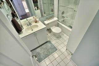 Photo 6: 2201 4460 Tucana Court in Mississauga: Hurontario Condo for sale : MLS®# W3372181