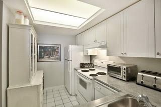 Photo 7: 2201 4460 Tucana Court in Mississauga: Hurontario Condo for sale : MLS®# W3372181