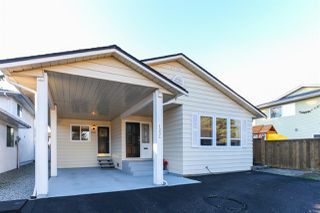 "Photo 2: 1234 NESTOR Street in Coquitlam: New Horizons House for sale in ""NEW HORIZON"" : MLS®# R2047958"