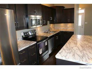 Photo 8: 1158 LINDSAY Street in Regina: Eastview Single Family Dwelling for sale (Regina Area 03)  : MLS®# 574052