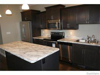 Photo 2: 1158 LINDSAY Street in Regina: Eastview Single Family Dwelling for sale (Regina Area 03)  : MLS®# 574052