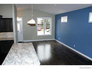 Photo 4: 1158 LINDSAY Street in Regina: Eastview Single Family Dwelling for sale (Regina Area 03)  : MLS®# 574052