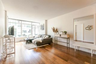 """Photo 3: 704 888 HOMER Street in Vancouver: Downtown VW Condo for sale in """"BEASLEY"""" (Vancouver West)  : MLS®# R2077176"""