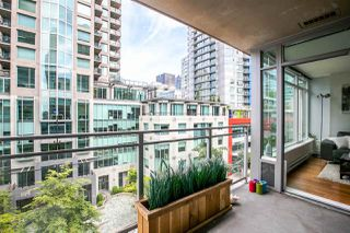 """Photo 6: 704 888 HOMER Street in Vancouver: Downtown VW Condo for sale in """"BEASLEY"""" (Vancouver West)  : MLS®# R2077176"""