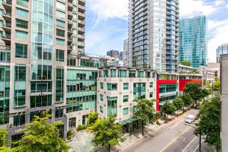 """Photo 1: 704 888 HOMER Street in Vancouver: Downtown VW Condo for sale in """"BEASLEY"""" (Vancouver West)  : MLS®# R2077176"""