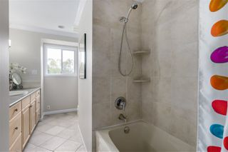 Photo 12: 4938 BEAMISH Court in Burnaby: Forest Glen BS House for sale (Burnaby South)  : MLS®# R2085264