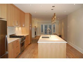 Photo 5: 2438 WEST 8TH Ave: Kitsilano Home for sale ()  : MLS®# V872832