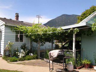 Photo 13: 509 FRASER Avenue in Hope: Hope Center House for sale : MLS®# R2092970