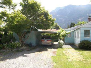 Photo 9: 509 FRASER Avenue in Hope: Hope Center House for sale : MLS®# R2092970