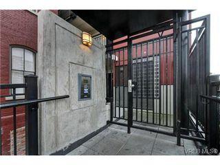 Photo 4: 402 1007 Johnson St in VICTORIA: Vi Downtown Condo for sale (Victoria)  : MLS®# 741592
