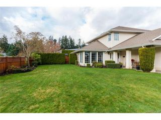 Photo 2: 2938 Robalee Pl in VICTORIA: La Goldstream Single Family Detached for sale (Langford)  : MLS®# 746414