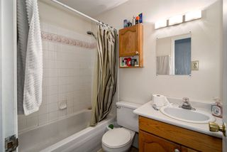 Photo 3: 33445 3RD Avenue in Mission: Mission BC House for sale : MLS®# R2127063