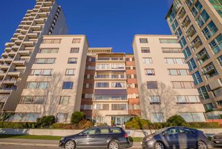 "Photo 14: 106 1949 BEACH Avenue in Vancouver: West End VW Condo for sale in ""BEACH TOWN HOUSE APARTMENTS"" (Vancouver West)  : MLS®# R2140042"