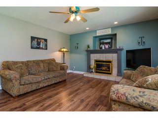"Photo 12: 20595 97B Avenue in Langley: Walnut Grove House for sale in ""DERBY HILLS"" : MLS®# R2156981"