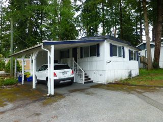 "Photo 1: 25A 24339 FRASER Highway in Langley: Otter District Manufactured Home for sale in ""LANGLEY GROVE ESTATES"" : MLS®# R2178929"