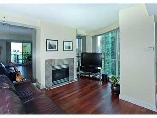 Photo 8: 2503 588 BROUGHTON Street in Vancouver West: Condo for sale : MLS®# V872013