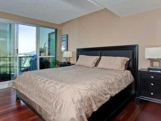Photo 7: 2503 588 BROUGHTON Street in Vancouver West: Condo for sale : MLS®# V872013
