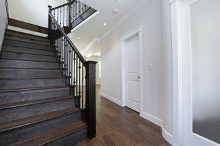"""Photo 3: 639 W 24TH Close in North Vancouver: Hamilton House for sale in """"CASCADE ESTATES"""" : MLS®# R2186838"""