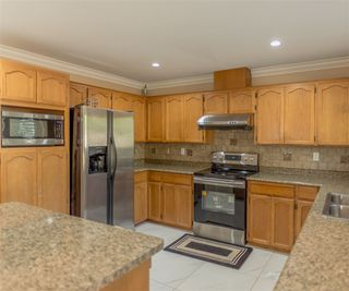 Photo 7: 3538 CHASE Street in Abbotsford: Abbotsford West House for sale : MLS®# R2192194