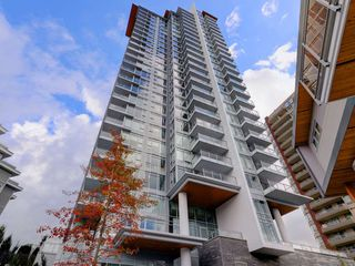 """Photo 20: 2202 520 COMO LAKE Avenue in Coquitlam: Coquitlam West Condo for sale in """"THE CROWN"""" : MLS®# R2215084"""