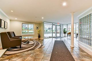Photo 2: 111 1588 BEST STREET: White Rock Condo for sale (South Surrey White Rock)  : MLS®# R2222931