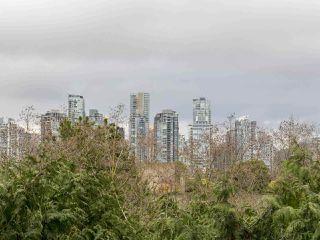 "Photo 12: 105 1365 W 4TH Avenue in Vancouver: False Creek Condo for sale in ""Granville Island Village"" (Vancouver West)  : MLS®# R2238704"