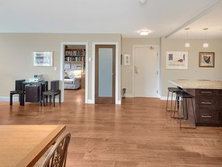 "Photo 5: 310 522 MOBERLY Road in Vancouver: False Creek Condo for sale in ""Discovery Quay"" (Vancouver West)  : MLS®# R2246450"