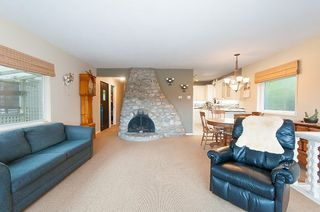 Photo 6: 1964 CLIFFWOOD Road in North Vancouver: Deep Cove House for sale : MLS®# R2258110