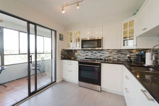"Photo 2: 1107 615 BELMONT Street in New Westminster: Uptown NW Condo for sale in ""BELMONT TOWER"" : MLS®# R2275664"