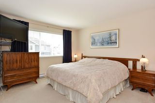 "Photo 15: 37 16760 61 Avenue in Surrey: Cloverdale BC Townhouse for sale in ""HARVEST LANDING"" (Cloverdale)  : MLS®# R2282376"