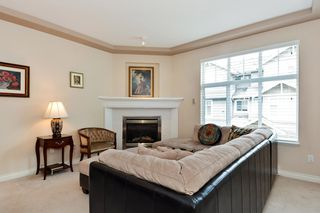 "Photo 3: 37 16760 61 Avenue in Surrey: Cloverdale BC Townhouse for sale in ""HARVEST LANDING"" (Cloverdale)  : MLS®# R2282376"