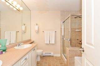 "Photo 16: 37 16760 61 Avenue in Surrey: Cloverdale BC Townhouse for sale in ""HARVEST LANDING"" (Cloverdale)  : MLS®# R2282376"