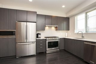 """Photo 9: 8 4588 DUBBERT Street in Richmond: West Cambie Townhouse for sale in """"Oxford Lane"""" : MLS®# R2290295"""
