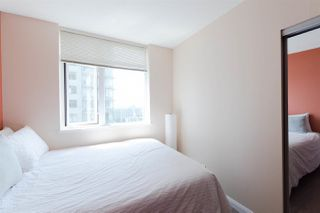 """Photo 11: 2508 888 CARNARVON Street in New Westminster: Downtown NW Condo for sale in """"MARINUS AT PLAZA 88"""" : MLS®# R2292806"""