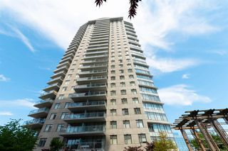 """Photo 1: 2508 888 CARNARVON Street in New Westminster: Downtown NW Condo for sale in """"MARINUS AT PLAZA 88"""" : MLS®# R2292806"""