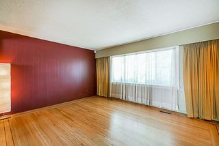 Photo 3: 4470 WILLIAM Street in Burnaby: Willingdon Heights House for sale (Burnaby North)  : MLS®# R2298419