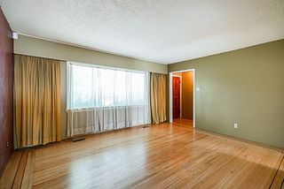 Photo 4: 4470 WILLIAM Street in Burnaby: Willingdon Heights House for sale (Burnaby North)  : MLS®# R2298419