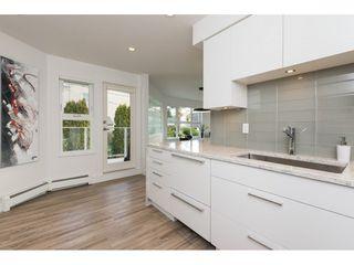 """Photo 7: 201 15367 BUENA VISTA Avenue: White Rock Condo for sale in """"THE PALMS"""" (South Surrey White Rock)  : MLS®# R2305501"""