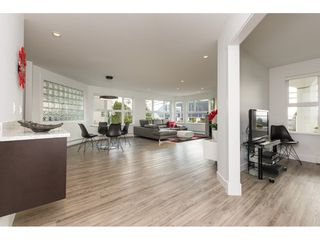 "Photo 3: 201 15367 BUENA VISTA Avenue: White Rock Condo for sale in ""THE PALMS"" (South Surrey White Rock)  : MLS®# R2305501"